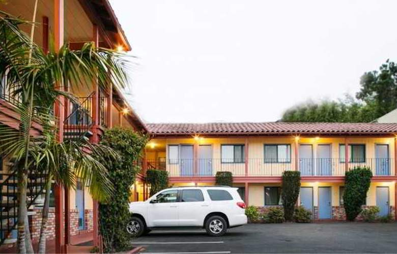 La Luna Inn - Hotel - 6