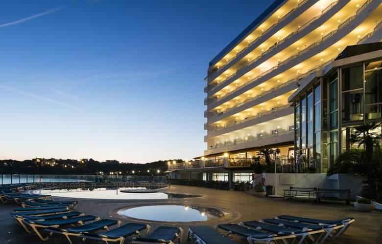 Best Negresco - Hotel - 0