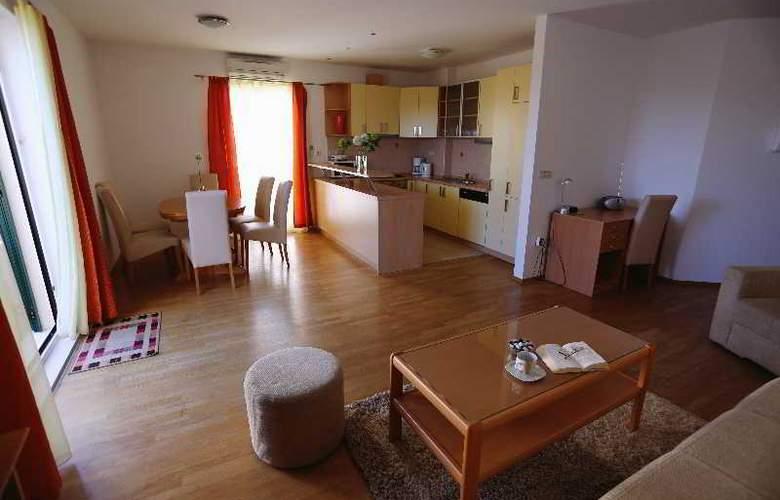 Pervanovo Apartments - Room - 38