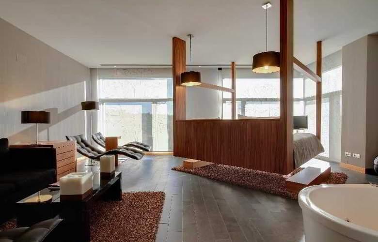 Rafaelhoteles Madrid Norte - Room - 20