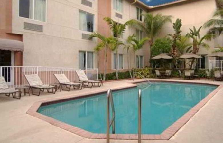 Sleep Inn & Suites Ft. Lauderdale Int'l Arpt. - Hotel - 1