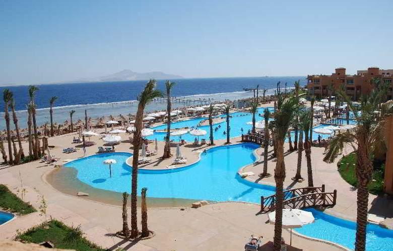 Rehana Royal Beach Resort - Pool - 0