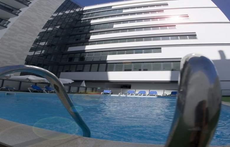 Da Rocha Hotel Apartment - Pool - 8