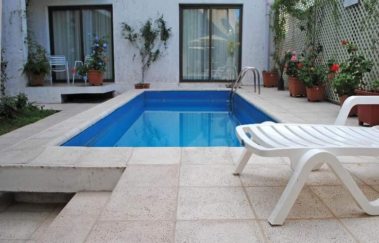 Paradise Departamentos - Pool - 2