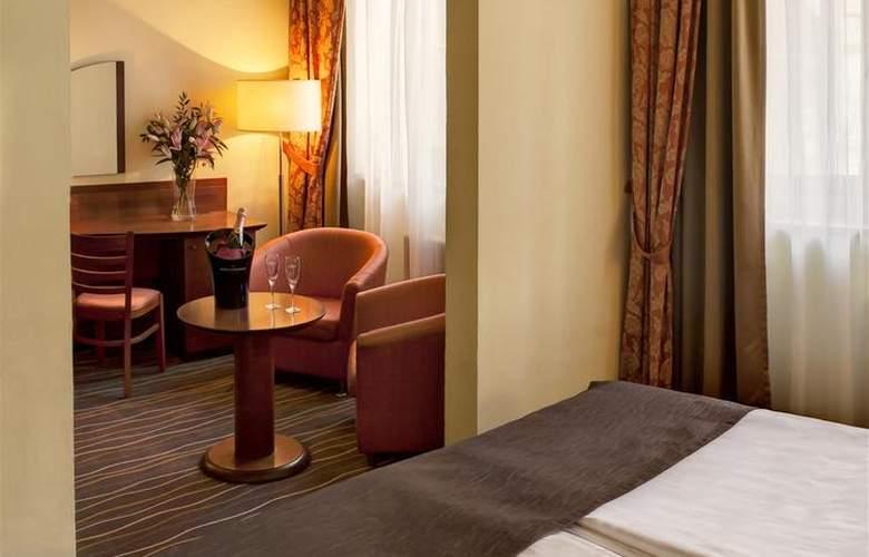 Luxury Family Hotel Bílá Labut - Room - 70