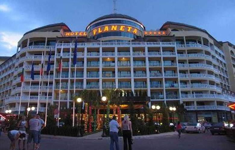 Planeta - Hotel - 0