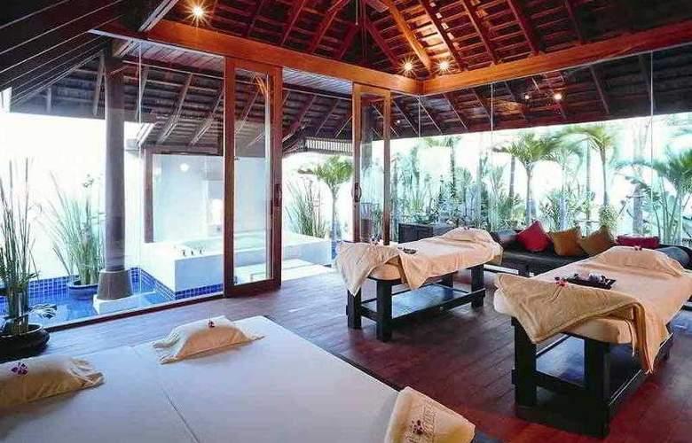 Pullman Pattaya Aisawan - Hotel - 12