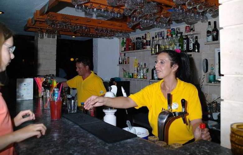 Kyknos Beach Hotel and Bungalows - Bar - 17