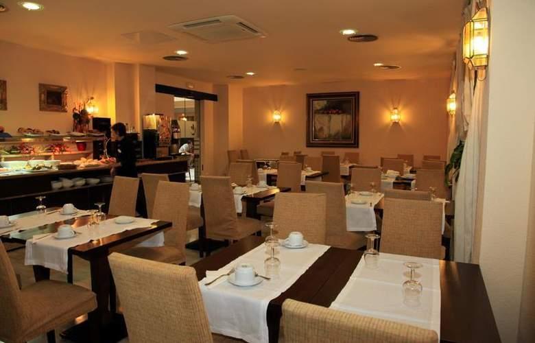 Cervantes - Restaurant - 71