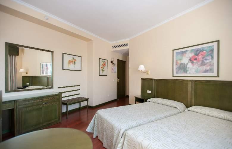 America Sevilla - Room - 5