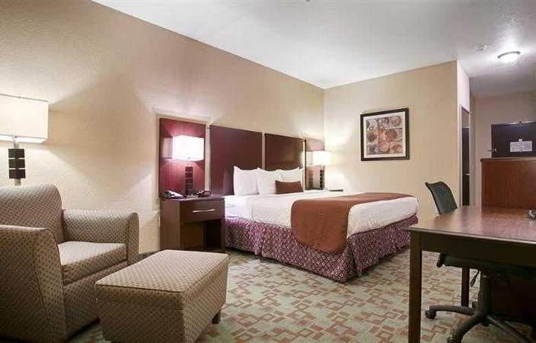 Best Western Plus Eastgate Inn & Suites - Hotel - 34