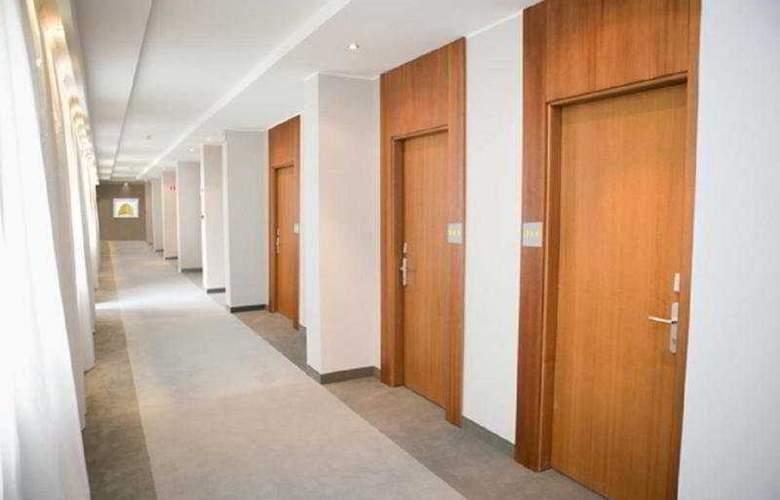 Area Roma - Hotel - 8