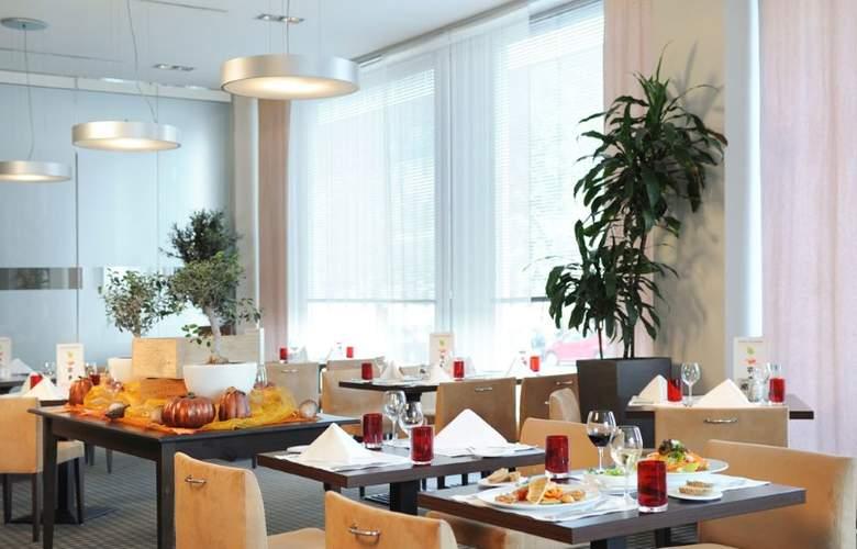 Mercure Hamburg Mitte - Restaurant - 10