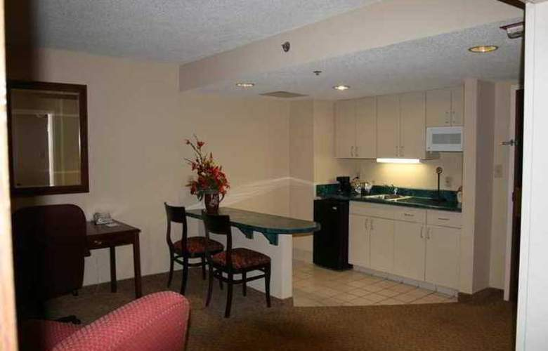 Hampton Inn Columbus-North - Hotel - 5