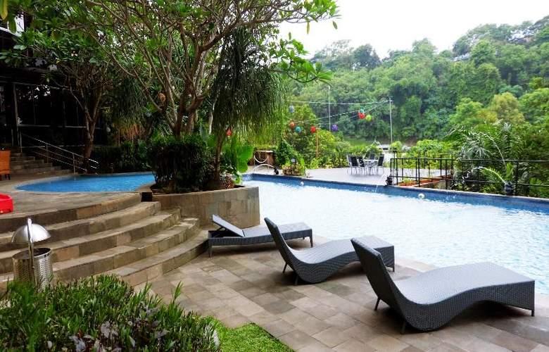 Oaktree Emerald Semarang - Hotel - 9