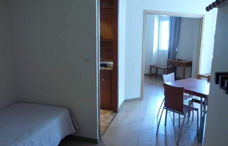 GHM Plaza - Room - 30