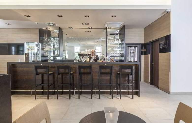 Star Inn Hotel Premium Munchen Domagkstrasse - Bar - 23