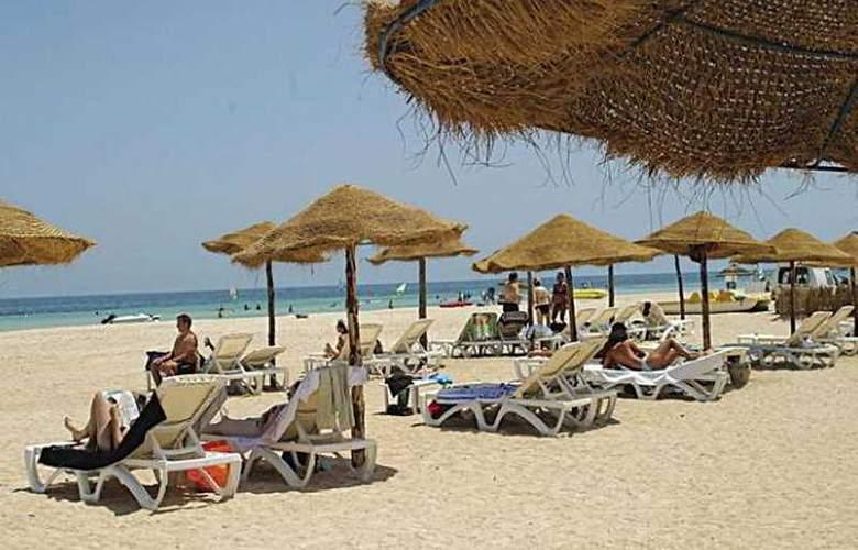 Djerba Playa Club - Beach - 5