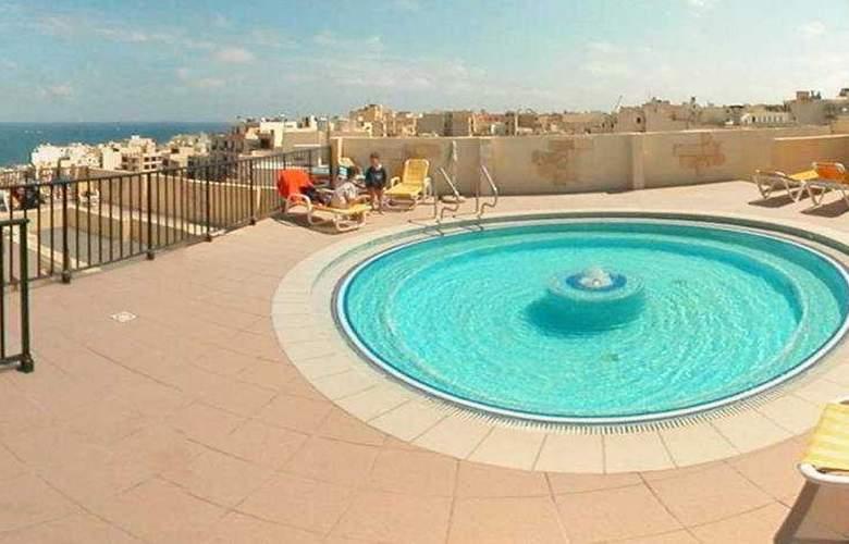 Mediterranea Hotel & Suites - Pool - 3