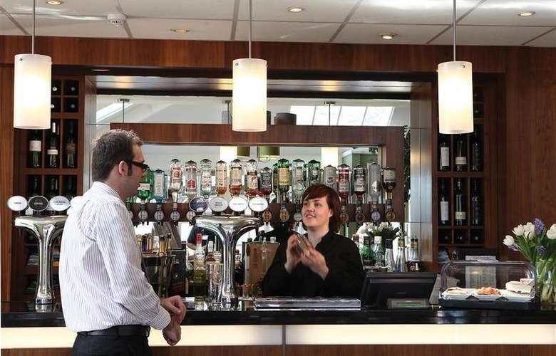 Best Western Willerby Manor Hotel - Bar - 44