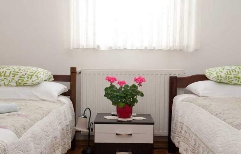Apartman Urbana Villa - Room - 3