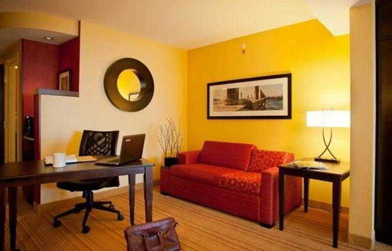 Courtyard Galveston Island Gulf Front - Hotel - 22