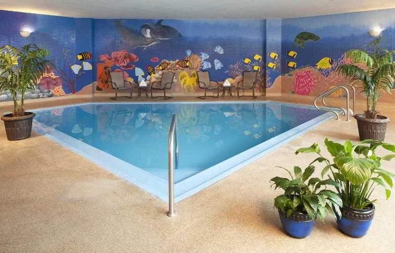 Sheraton Inner Harbor - Pool - 15