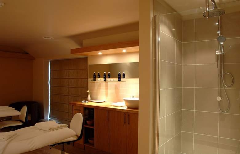 Best Western Plus Orton Hall Hotel & Spa - Spa - 22