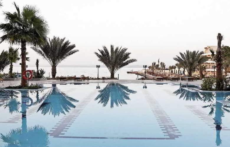 The Three Corners Royal Star Beach Resort - Pool - 27