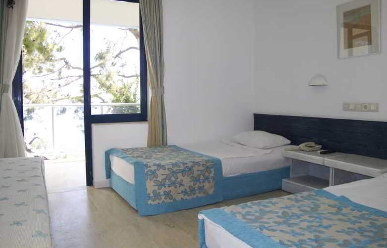 Club Hotel Rama - Room - 4