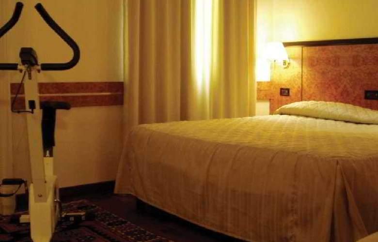 Park Hotel Villa Leon d'Oro - Room - 5