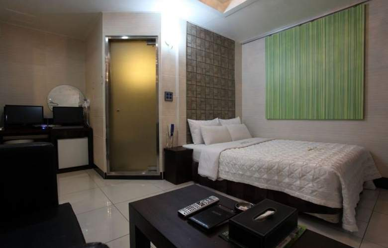 Plex - Room - 11