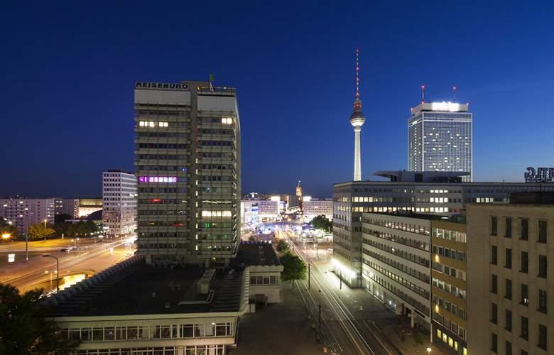 Indigo Berlin Alexanderplatz - Hotel - 5