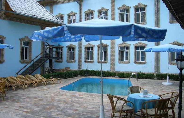 Grand Orzu - Pool - 5