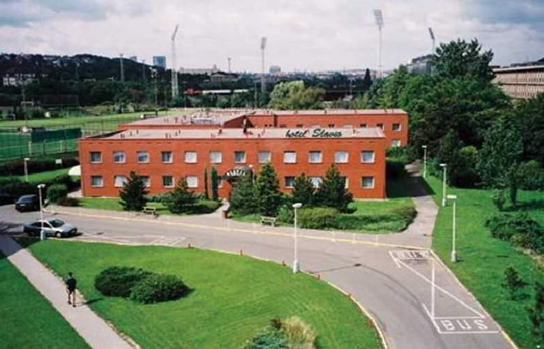 Slavia - Hotel - 0