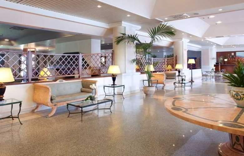 Golden Tulip Resort Marina di Castello - General - 9