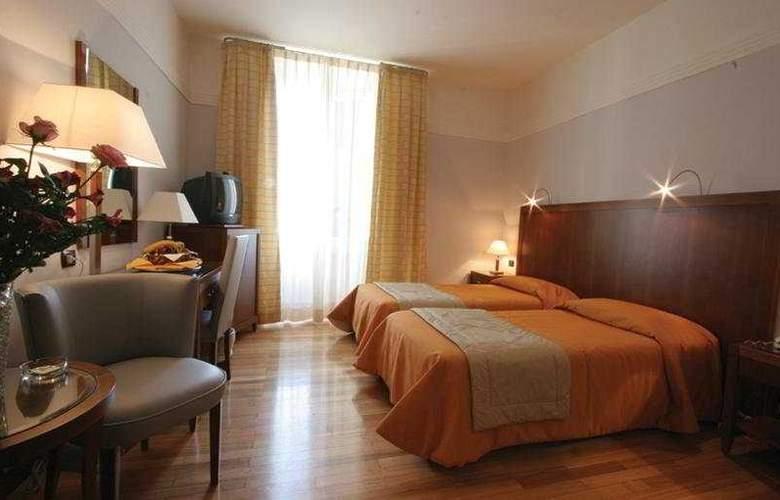 Genova - Room - 6