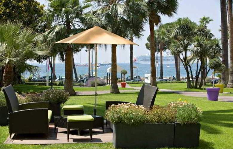 Grand Cannes - Terrace - 4