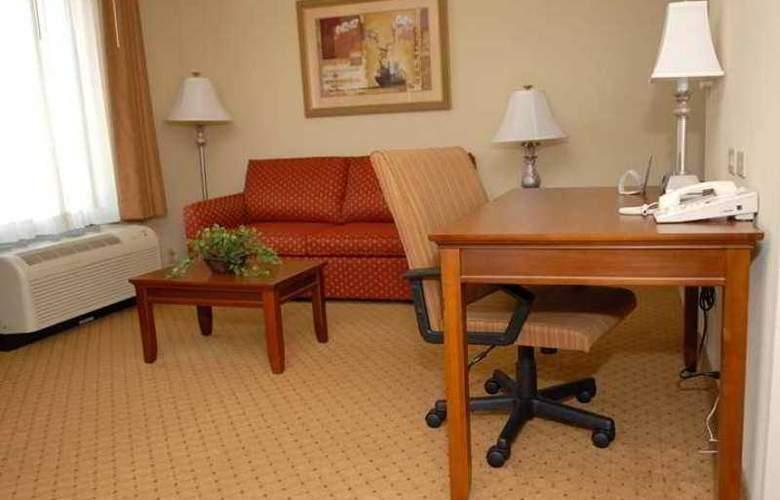 Hampton Inn & Suites Frederick-Fort Detrick - Hotel - 2