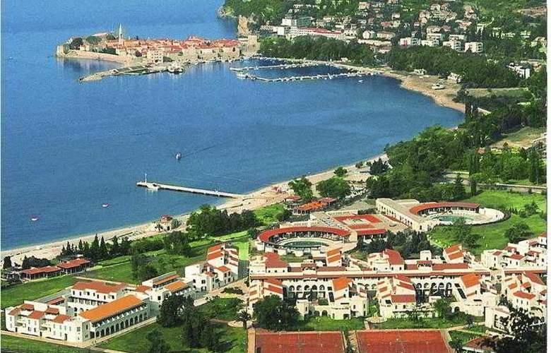 Slovenska Plaza 3 - Hotel - 0