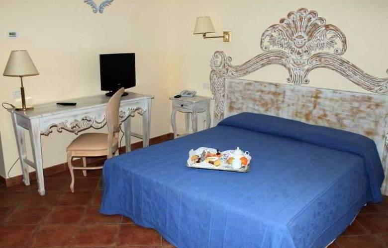 Alessandro - Room - 6