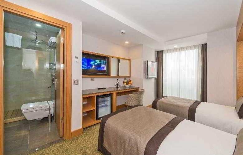 Bisetun Hotel - Room - 11