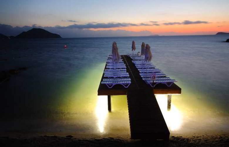 Dragut Point South Hotel - Beach - 41