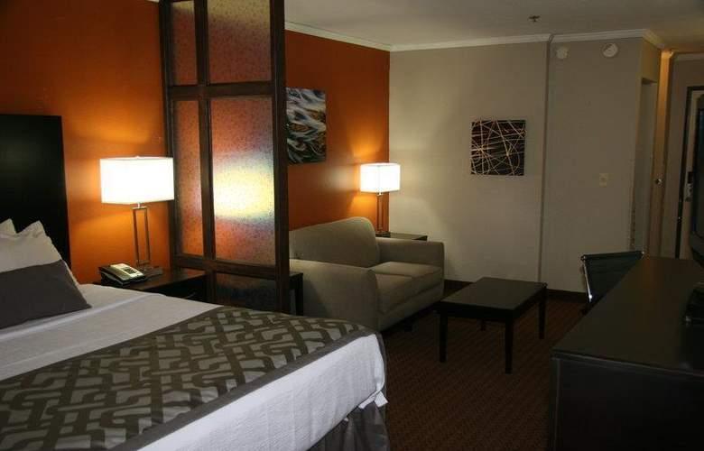 Best Western Plus Lubbock Windsor Inn - Room - 20