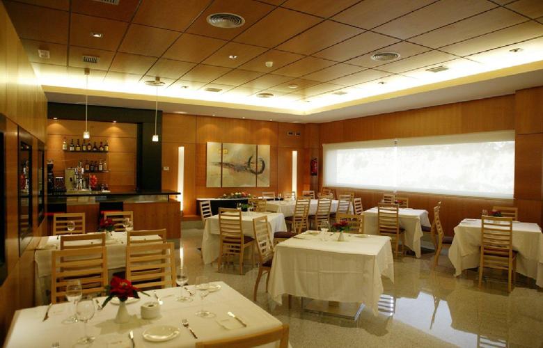 Sercotel Gran Fama - Restaurant - 5