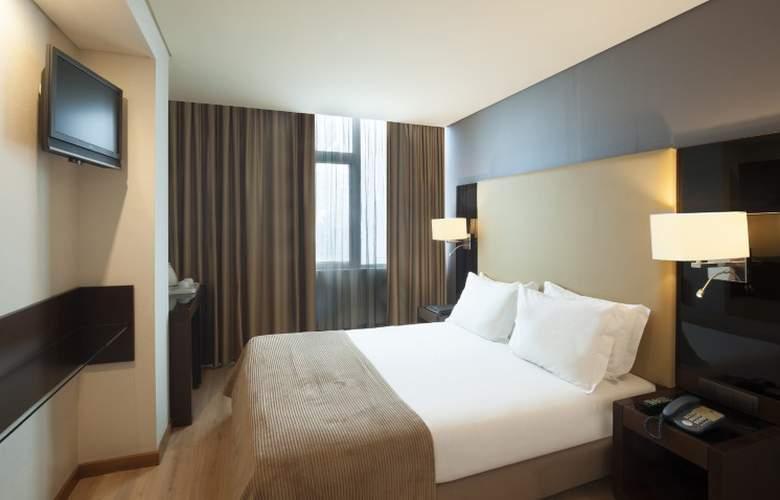Turim Alameda - Room - 9