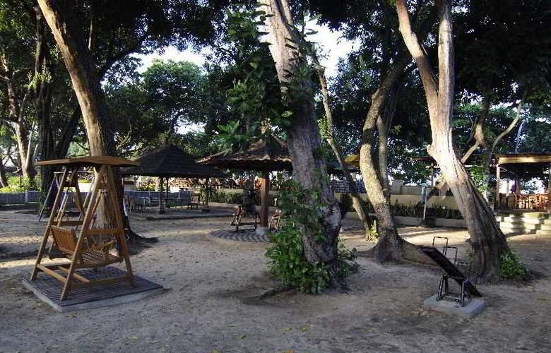 Club Bali Suites @ Jayakarta Bali - Terrace - 18