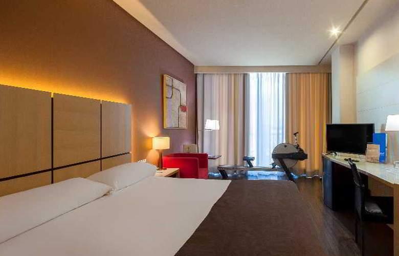 Silken Puerta Valencia - Room - 17