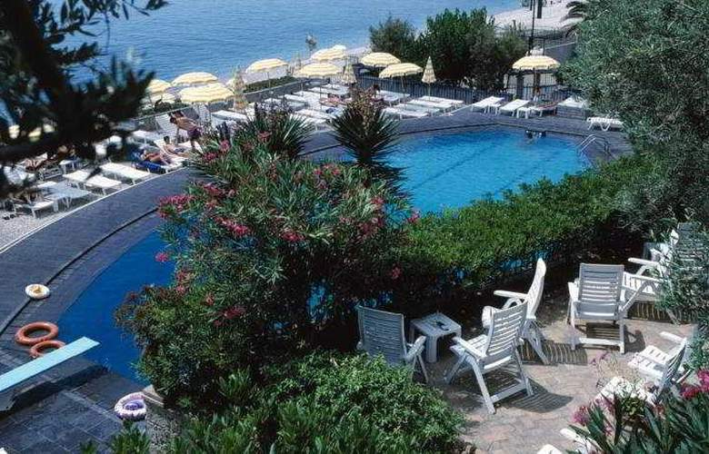 Villa Paradiso - Pool - 8
