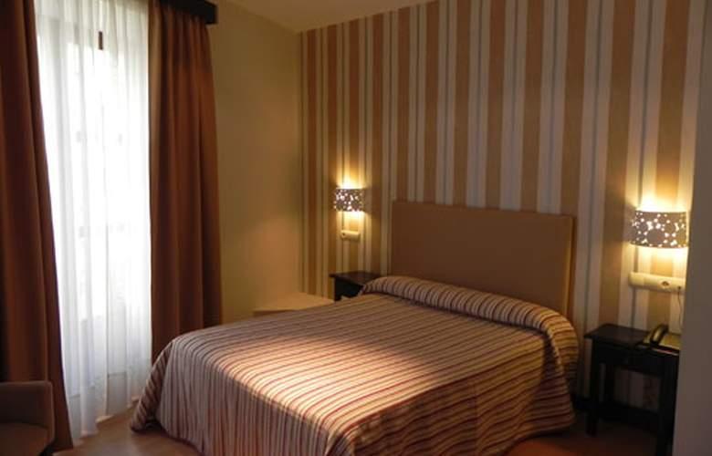San Marcos - Room - 2